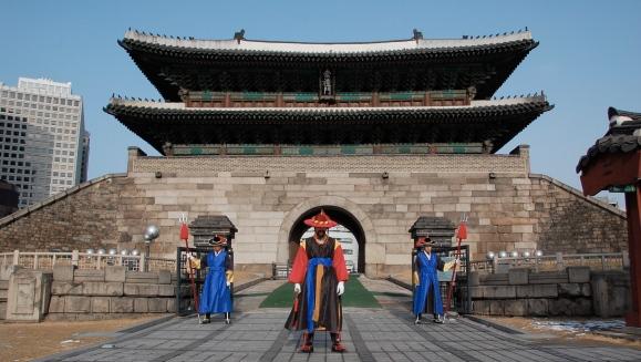Korea-Seoul-Namdaemun-Sungnyemun-11